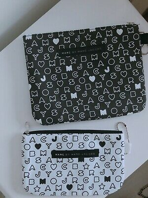 Marc By Marc Jacobs black white Make Up Bag With Marc By Marc Jacobs Print