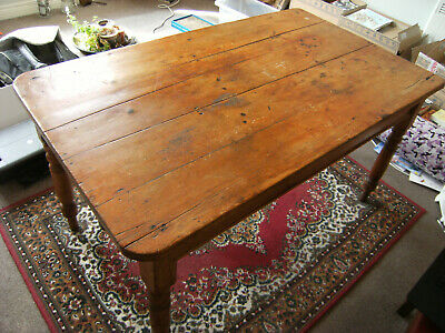 Lovely Antique Victorian Farmhouse vintage Pine dining Table with drawer