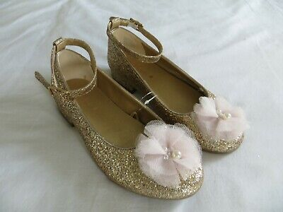 BNWT Girls Monsoon Gold Glitter Florwer Detail  Bridesmaid Party Shoes Size 1