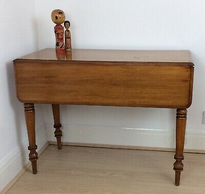 Vintage Antique Pembroke Table Drop Leaf Card Occasional Table Turned Legs