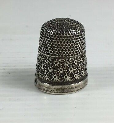 Henry Griffith & Sons 1926 Solid Silver Thimble Size 18 4.1g