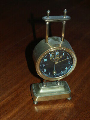 Keeless gravity clock