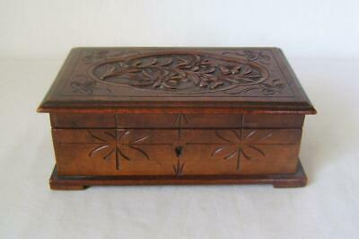 Antique Carved Jewellery Box & Key: Black Forest / Swiss Edelweiss: nice patina