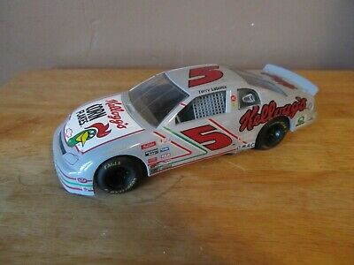 Vtg Racing Champions 1:24 Scale Terry LaBonte #5 Kellogg's Corn Flakes NASCAR