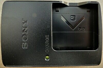 SONY BC-CSN Genuine Battery Charger for Batteries Type N