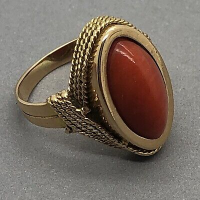 VERY FINE 18ct Yellow Gold Antique Natural Coral Ring - 8.4g