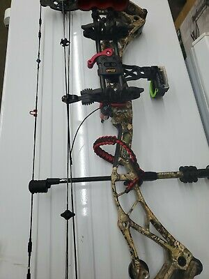 BOWTECH REALM SR6 Right Handed 25 5-30