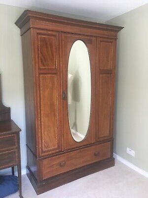 Victorian/Edwardian Inlaid Mahogany Single Door Wardrobe w. bevelled mirror