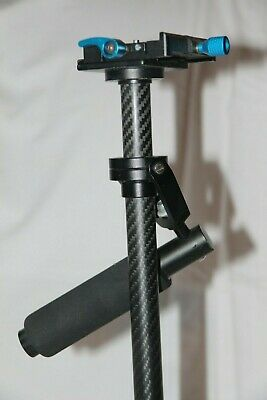 Neewer Carbon Fiber 24 Inches/60 Centimeters Handheld Stabilizer.