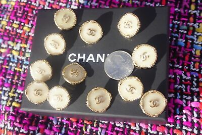 ❤💘💗 CHANEL BUTTONS   lot of 4 size 20 mm or 0,8 inch  Gold tone  logo CC