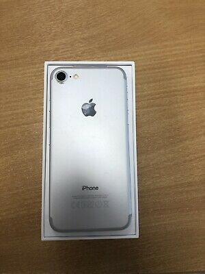 Apple MN8Y2BA iPhone 7 32GB - Silver (Unlocked)