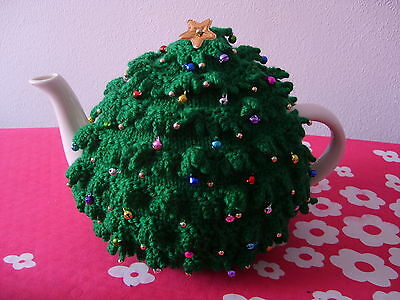 Hand Knitted Christmas Tree Tea Cosy - BNWT - Fabulous Gift (*3)