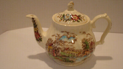 Sadler Teapot - 'Country Life' - Made in England - Vintage
