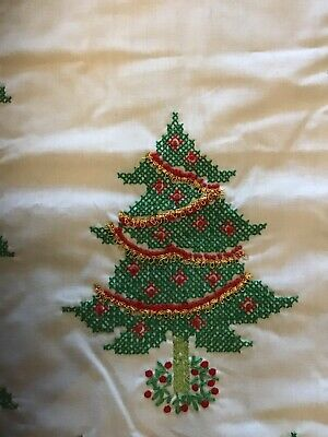 Vintage Christmas Hand Embroidered Table Runner Christmas Tree Holly & Berries
