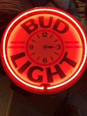 Bud Light Beer Neon Light Clock Sign Vintage Man Cave Bar