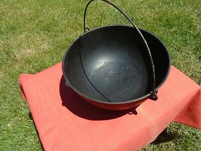 Antique Cast Iron Cooking Bean Pot Kettle 11inch x5 inch Gate Marked Bail Handle