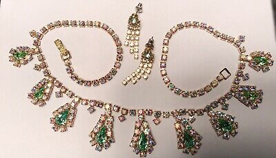 Vintage Gold Tone Hollywood Regency Style Necklace Green AB Choker and Earrings