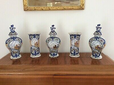 EARLY DELFT VERY RARE GARNITURE OF POLYCHROME VASES BY A.P.KOCKS c.1700
