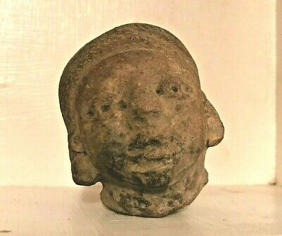 Small Pre Columbian Clay Head - Veracruz Mexico 600 - 900 AD