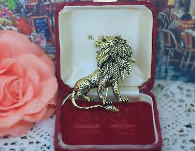 Vintage Jewellery Lion Brooch antique gold color jewelry
