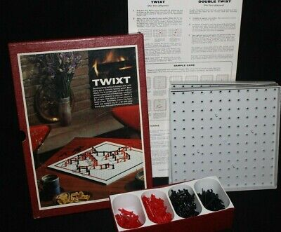 TWiXT vintage 1962 two or four person strategy bookshelf board game from 3M