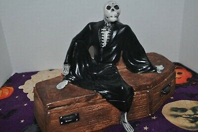 Ceramic Skeleton On Coffin Halloween Trinket Box Candy Container Decoration