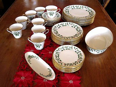 Lenox Holiday Dimension 42 Pcs China Dishes -- 8 Five Piece Place Settings Plus