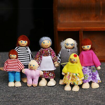 Wooden Furniture Dolls House Family Miniature 7 People Dolls Toy Kid's Play Toys