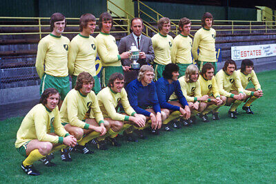 STUNNING 12x8 PHOTO NORWICH CITY 1972 SECOND DIVISION CHAMPIONS (NOR-018)