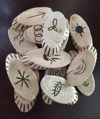 13 WITCH'S RUNES Meaning Symbol Divination Info 3pg set fr