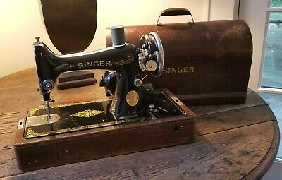 Working Antique 1920's Singer Sewing Machine 99-13 (NO FOOT PEDAL)