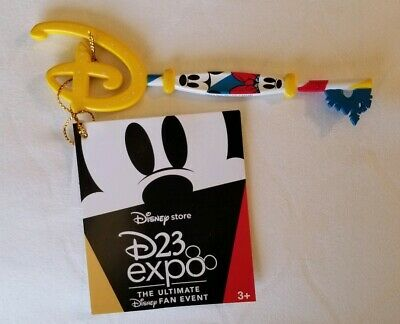 New Shop Disney Store D23 2019 Expo Mickey Minnie KEY  Limited Edition Exclusive