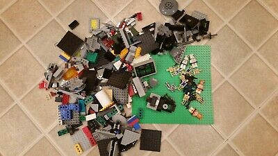 LEGO Star Wars Large Mixed Lot - minifigures  - some other lego pieces too