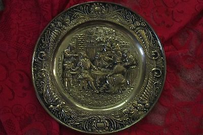 """VINTAGE Brass Wall Hanging Plate Bar Scene Made in England 14"""",embossed"""