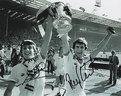 WEST HAM UNITED Signed 10x8 Photo GEOFF PIKE & RAY STEWART FA CUP 1980 COA