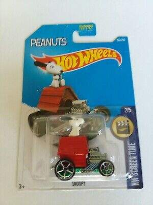 2016 Hot Wheels Peanuts Snoopy Car