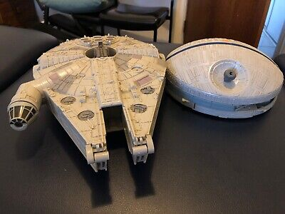 Star Wars Millennium Falcon 1995 & Action Fleet Model Lucasfilm Lewis Galoob Toy