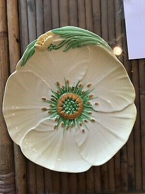 Carlton Ware Australian Design Buttercup Plate  Flower Shaped Yellow
