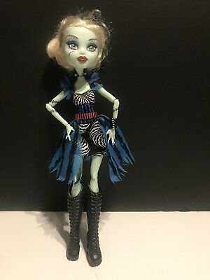Monster High Doll Freak du Chic Frankie Stein Doll W/ Dress Boots & Bracelet Lot
