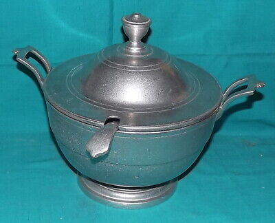 Vintage Wilton Columbia RWP Pewter Armetale soup dish w/ladle and lid