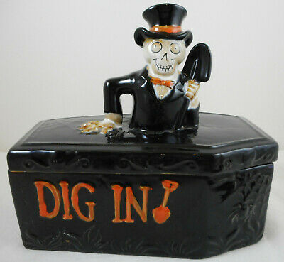 Yankee Candle Dig In Coffin Covered Candy Dish Boney Bunch  2014