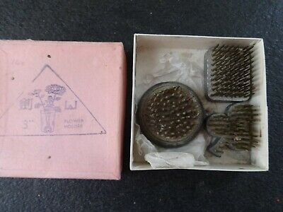 Vintage Lead flower holders in box x 3 trefoil round and rectangle