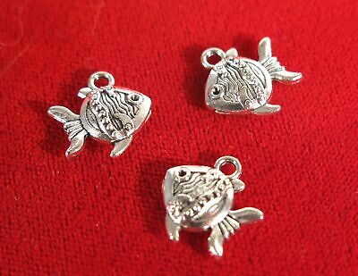 """BULK! 30pc double sided """"fish"""" charms in antique silver style (BC20B)"""