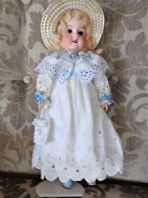 ANTIQUE DOLL AM390 German bisque head,jointed comp body 39 cm replaced clothes