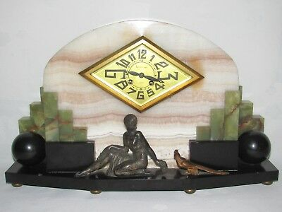 09E15 Antique Clock Marble Art Deco Modernist Movement F.Marti Medal Gold