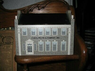 "Finch Pruyn & Co. Windfield Designs Mansion House  Wood Box Bank Chest  ""1989"""