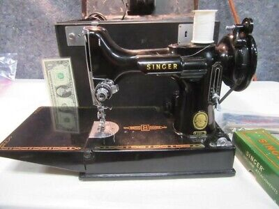Vintage 50's Singer Featherweight 221 Portable Sewing Machine W Box, Extras MINT