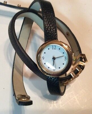 """New old stock wrap around womens watch with """"love"""" charm,very nice          L664"""