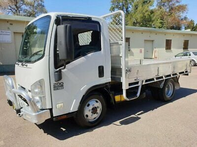 2013 Isuzu NLS NH 200 (4x4) Table Top