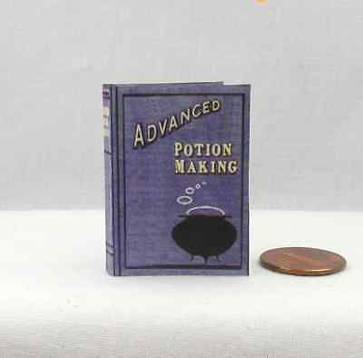 1:6 Scale ADVANCED POTION MAKING Magic Textbook Readable Book Potter Wizard